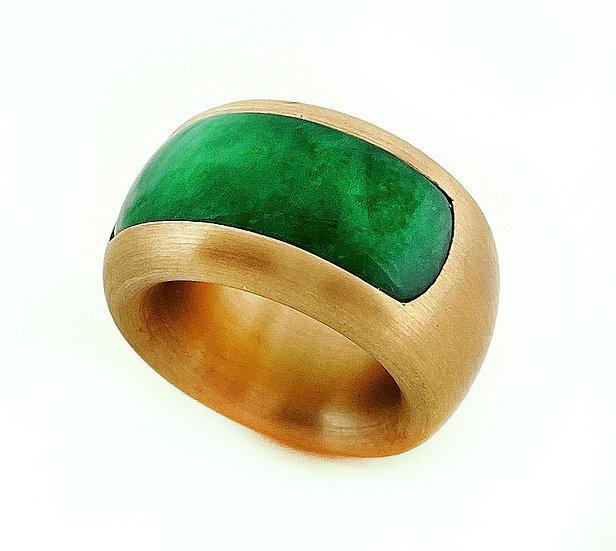 Ring mit Jadeit, grün