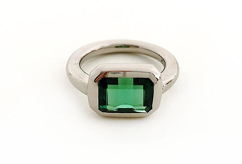 Ring mit Turmalin grün