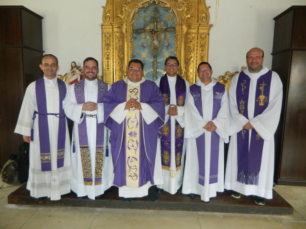 Padres Genário, Flávio, Adeilson, David, Cláudio e Christiano
