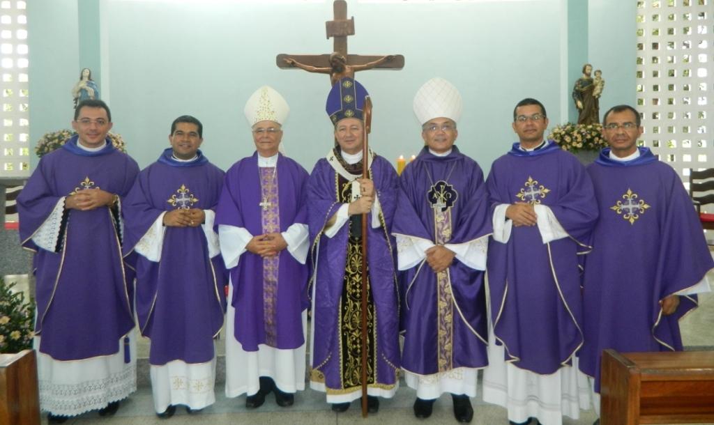 Pe. Edivaldo Santana, Pe. Jefferson, Dom Lessa, Dom João Costa, Dom Vítor, Pe. Helelon e Pe. Pedro Vidal