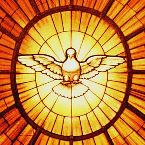 Dom João Costa confere sacramento da Crisma para centenas de jovens da Arquidiocese
