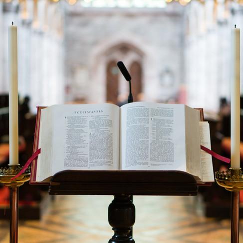 Viver em comunhão com a Palavra Sagrada