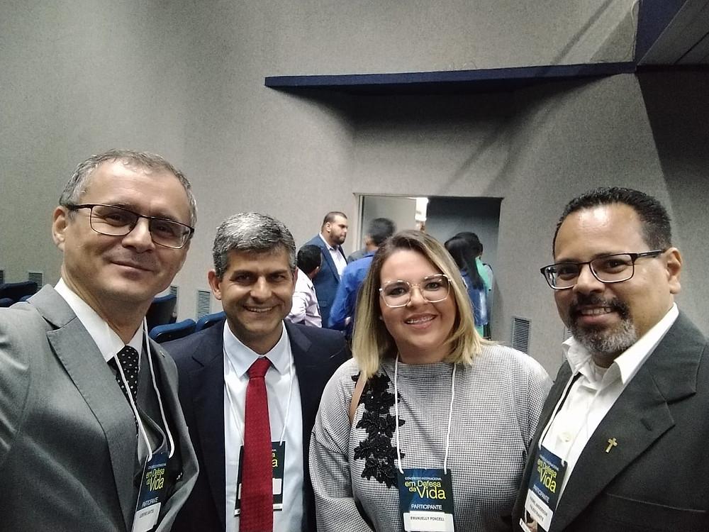Prof. Agripino, Dr. José Paulo, Profª. Emanuelle e o Pe. Anderson Pina