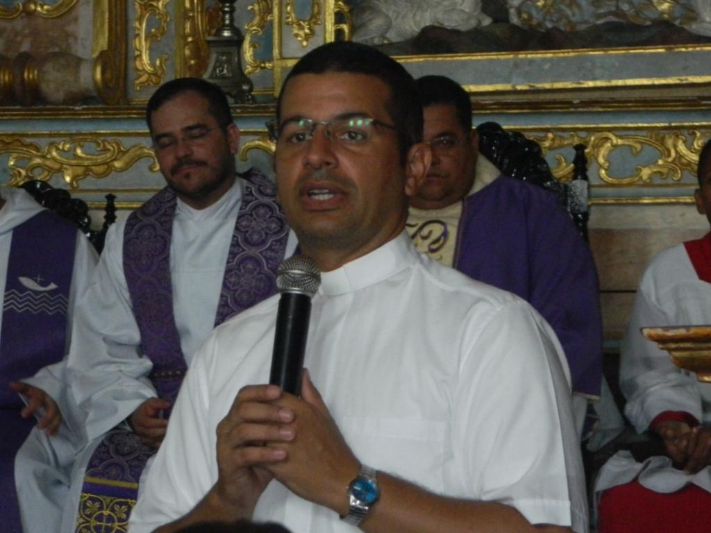 Padre Helelon