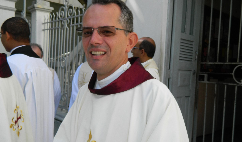 Assumirá a paróquia São José Operário