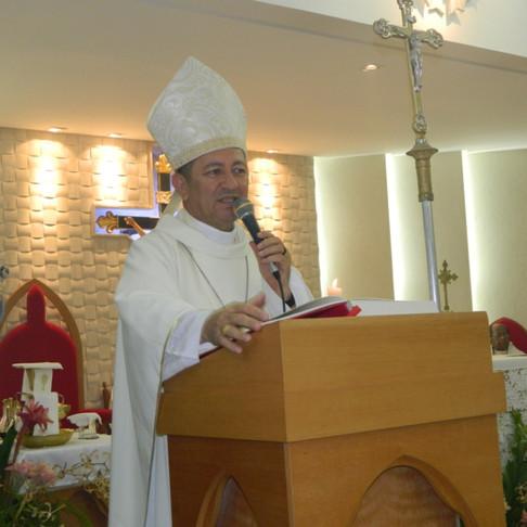 Posse de três novos párocos é destaque da agenda semanal de Dom João Costa