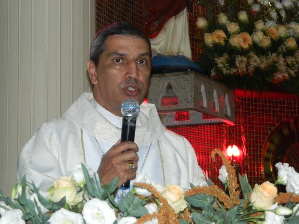 Dom Marcony Vinícius, bispo auxiliar de Brasil