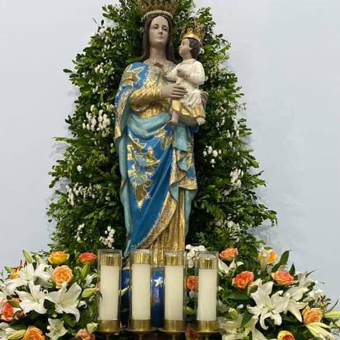 Festa de Nossa Senhora Rainha do Mundo, no Conjunto Médici