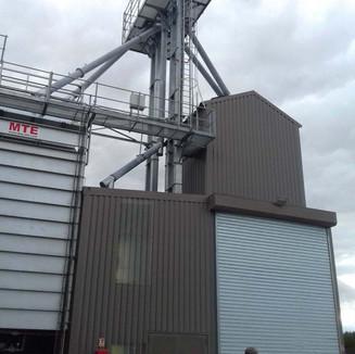 Construction d'un bâtiment agricole destiné au stockage de céréales (2)