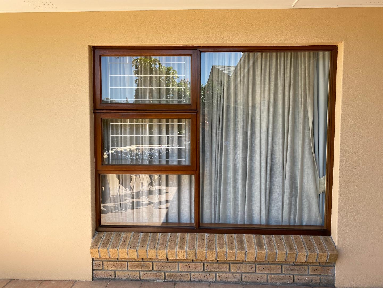 Window with 2 casements.jpeg