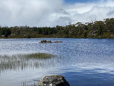 Tasmania - WoJ tarn 1.jpeg