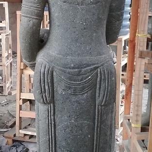 Back Detail - 360 Carving