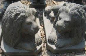 Estate Lions Pair