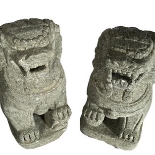 Lions - Pair