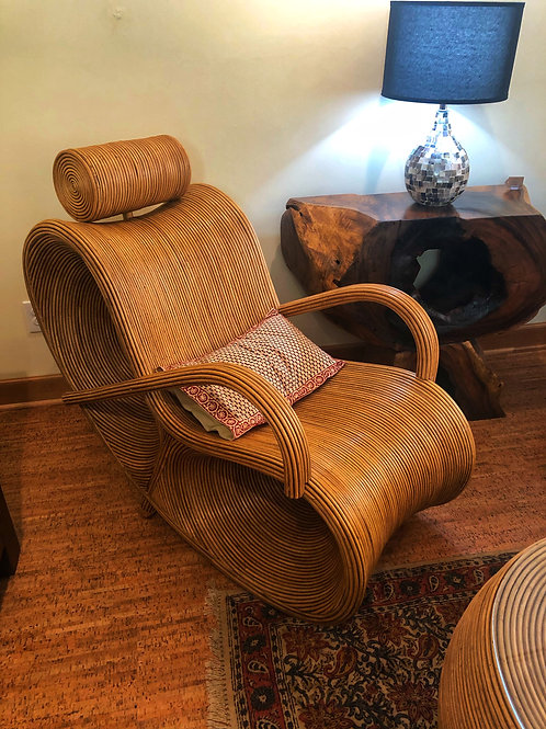 Infinity Lounger with Arms