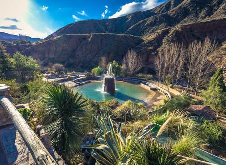 Relaxamento nas Fontes Termais de Río Hondo