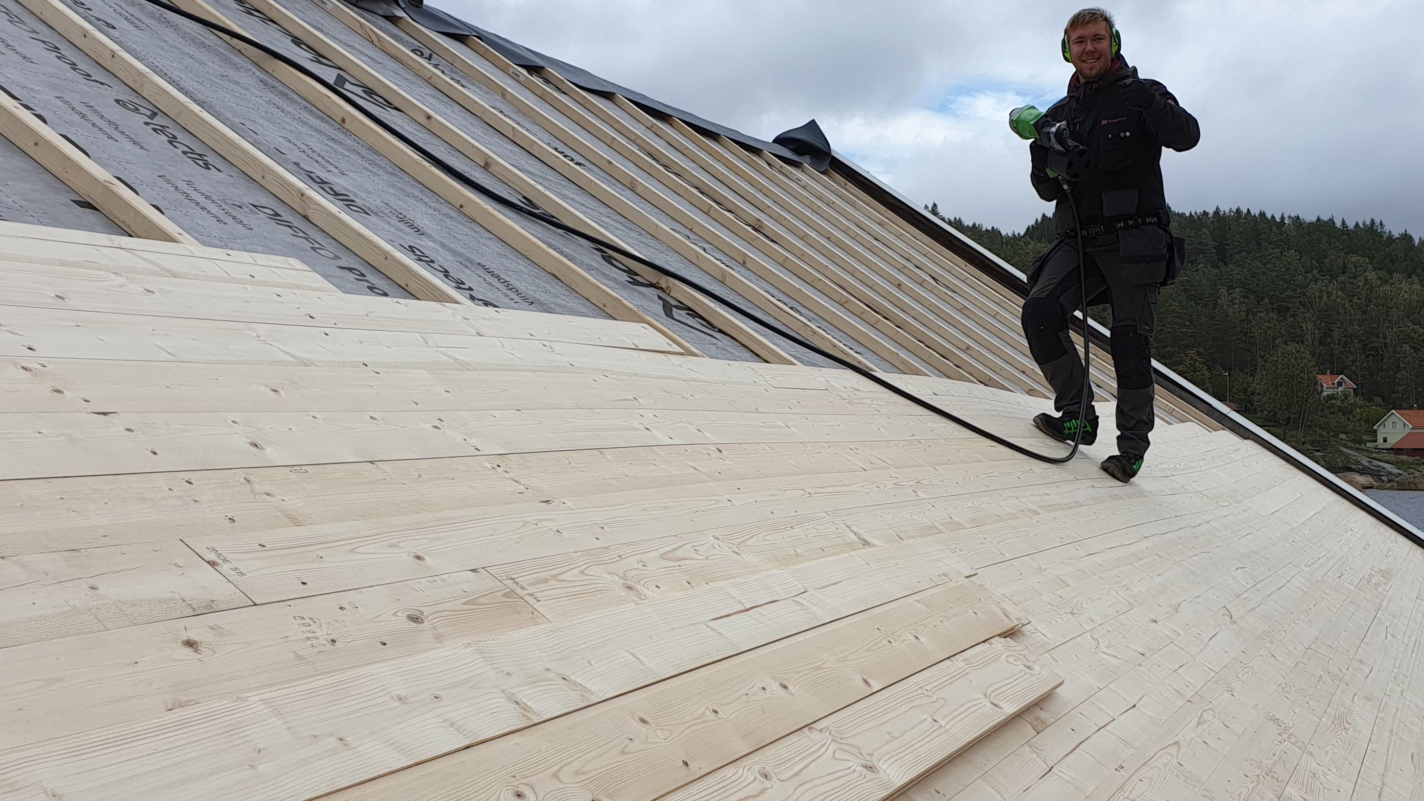 Utbedring av gammelt tak på Ystehede