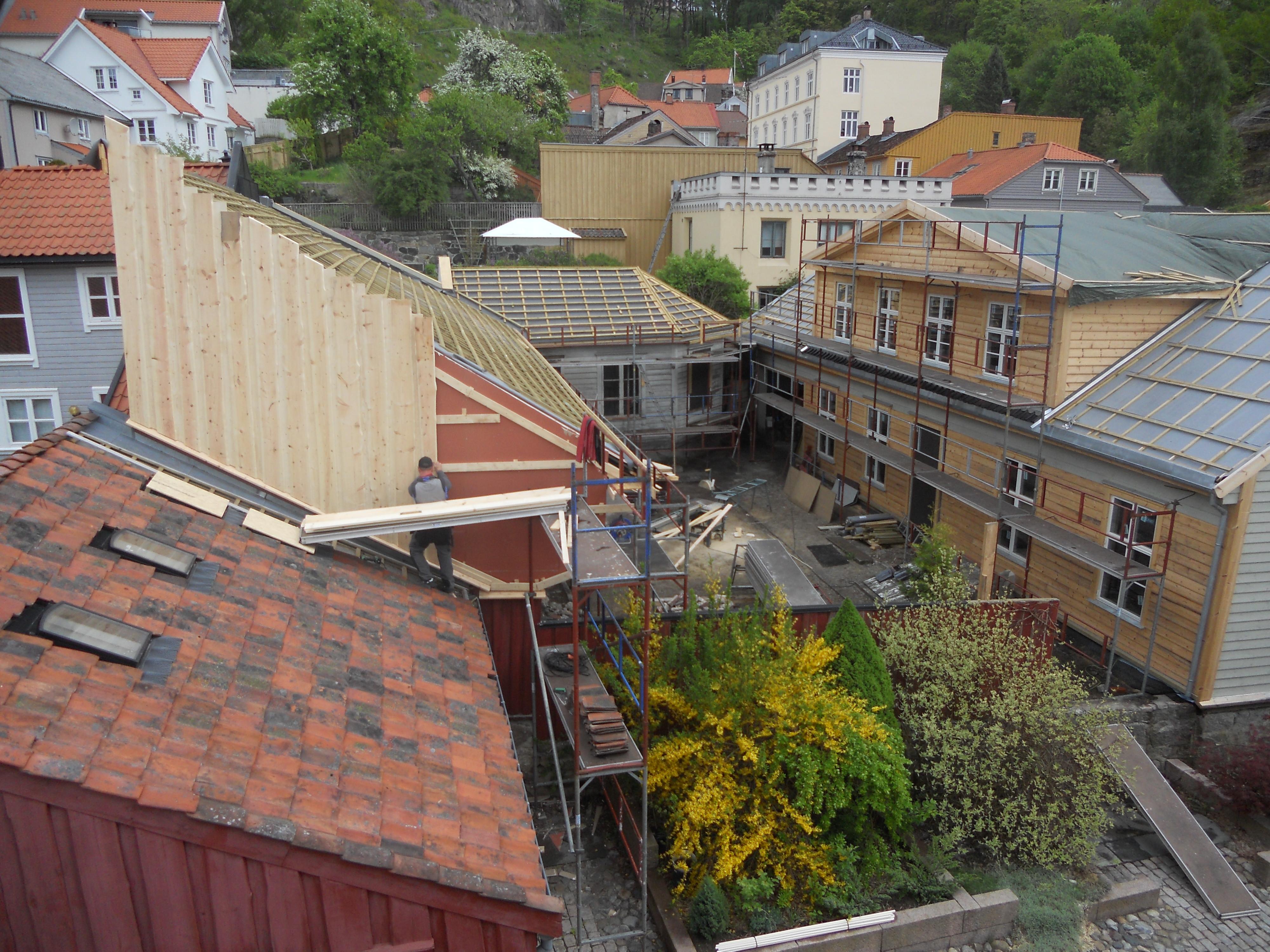 Totalrenovering av bygård i Halden.