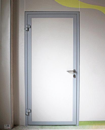 Дверь алюминиевая hpl-панель