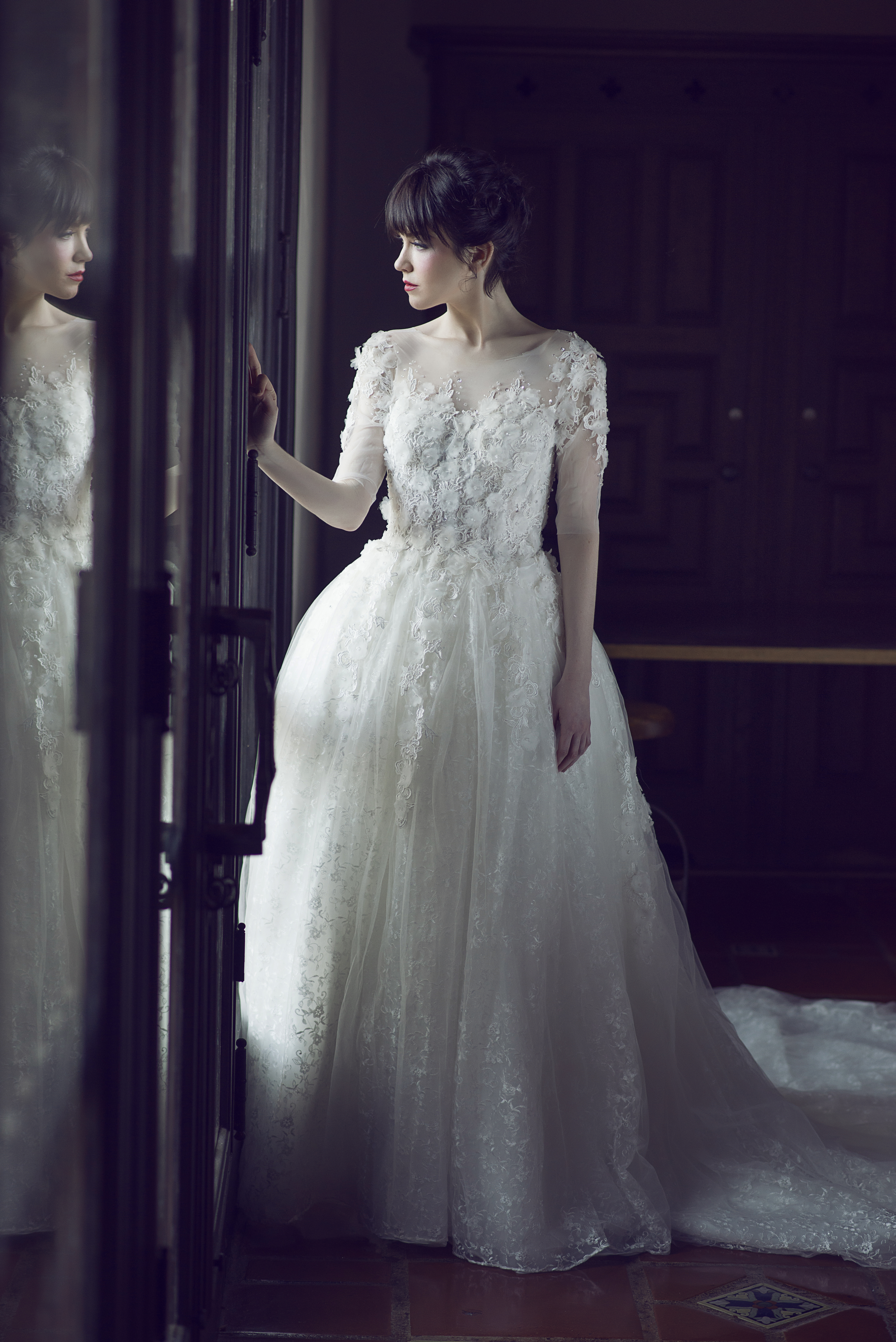 Designer Wedding Gowns For Rent - Ocodea.com