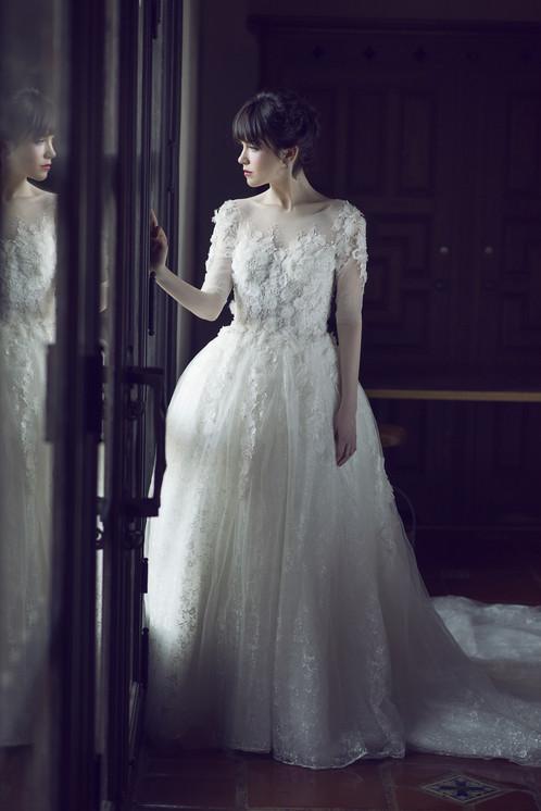 lace overlay 34 sleeve wedding dress