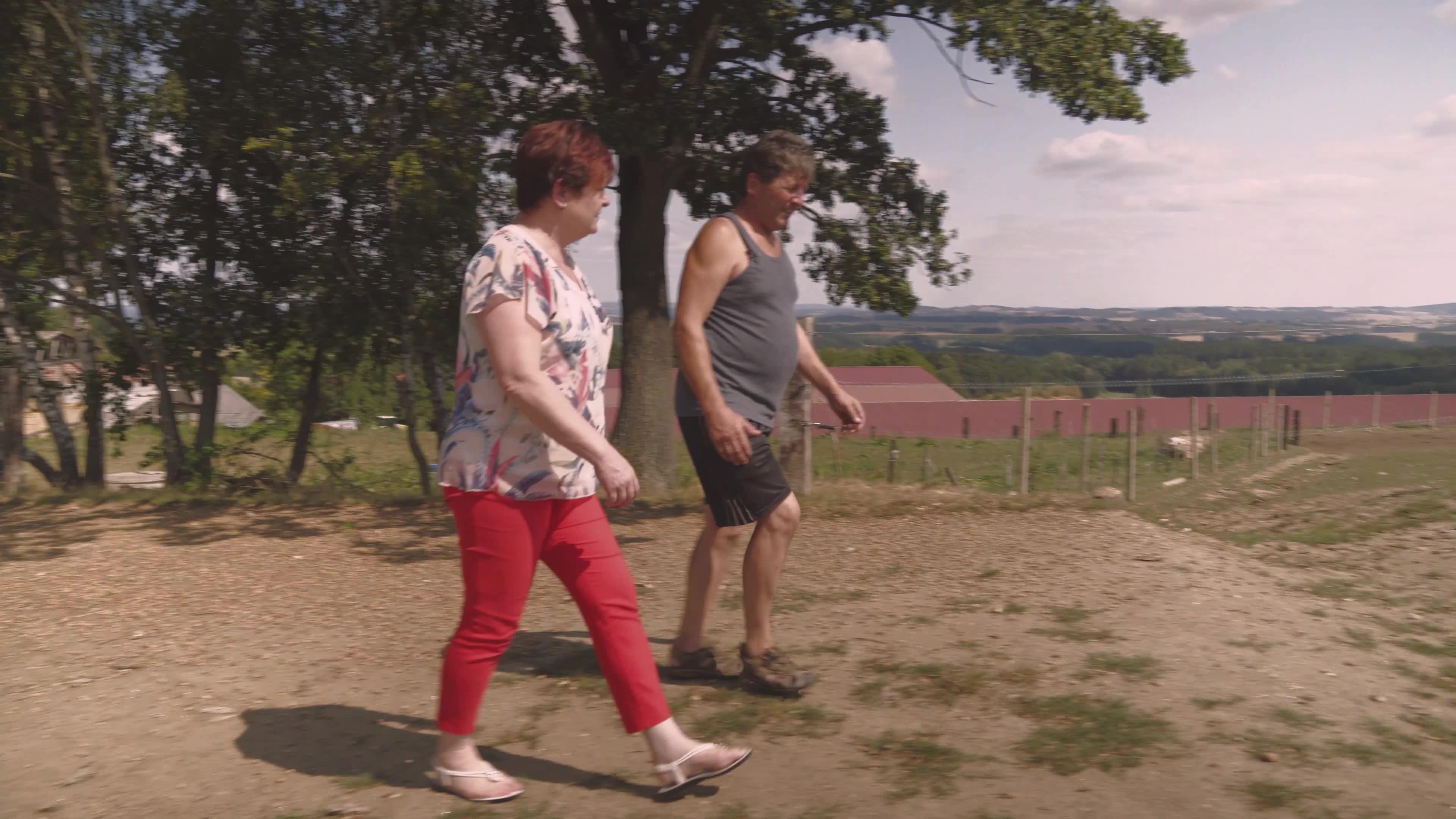 Klacky pod nohama #3: Rozdíl mezi českým a polským zemědělcem?