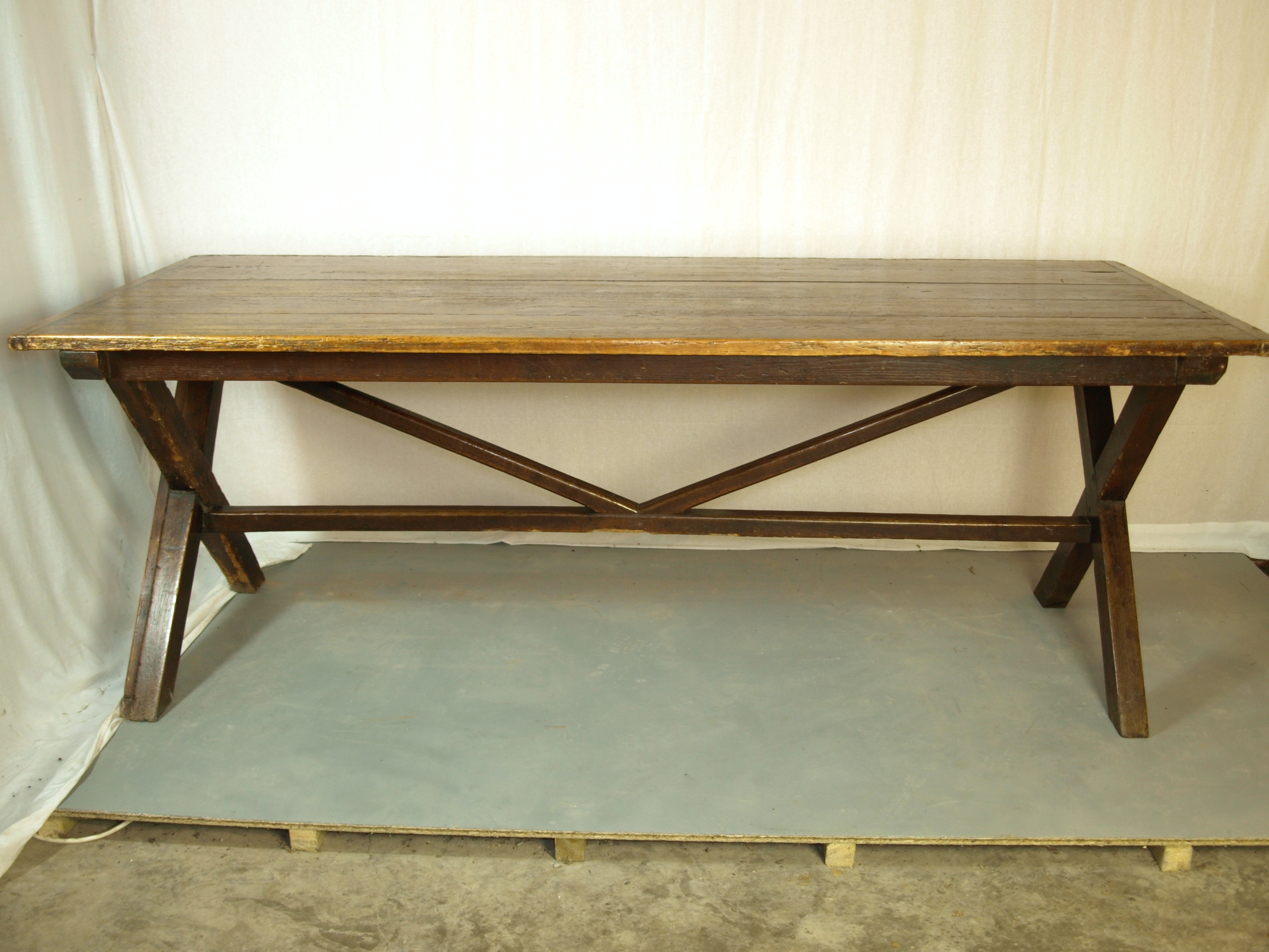 CROSS FRAME TABLE