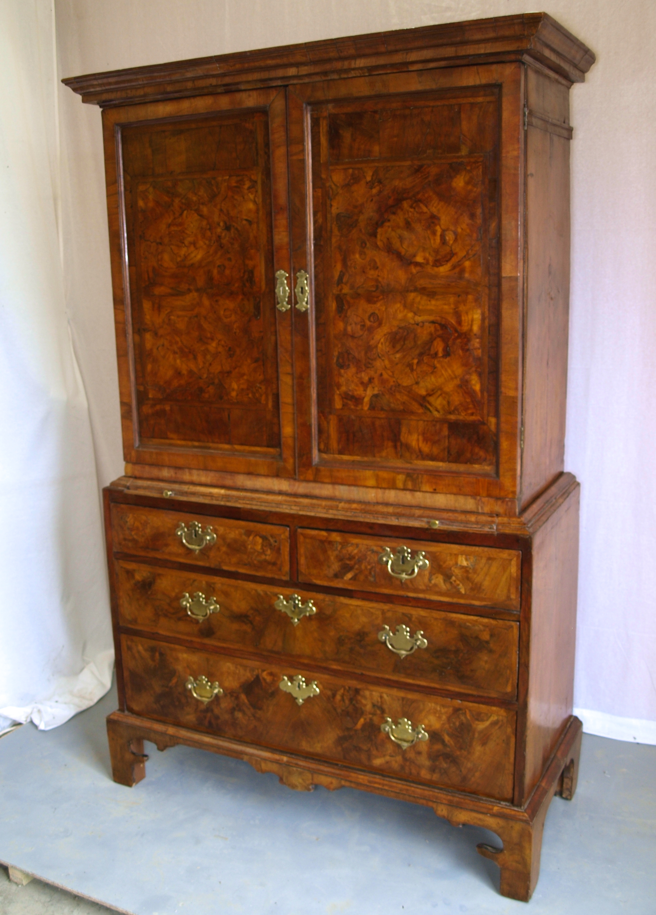 BURR WALNUT CABINET ON CHEST