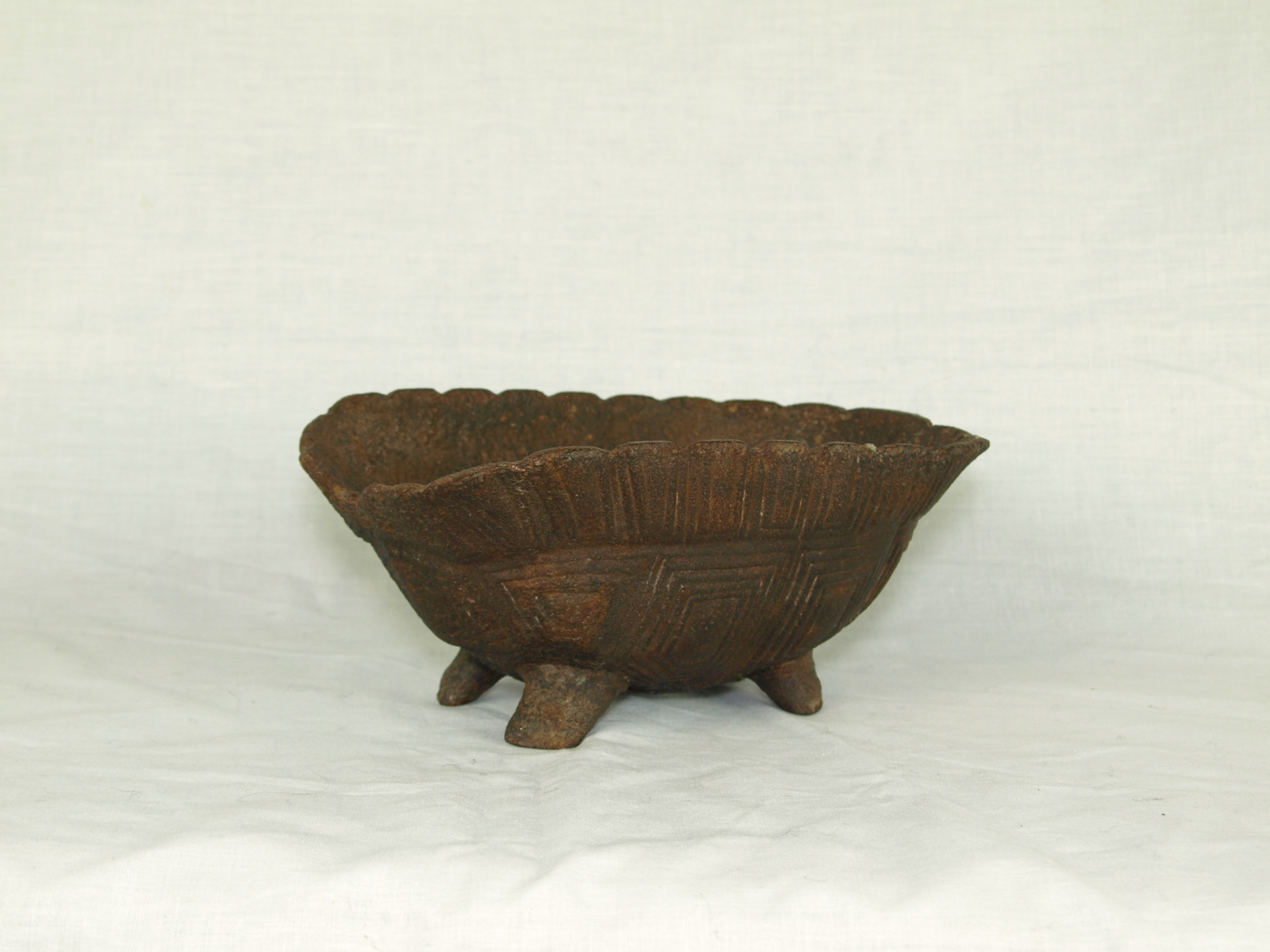 CAST IRON TORTOISE GRISSETT PAN