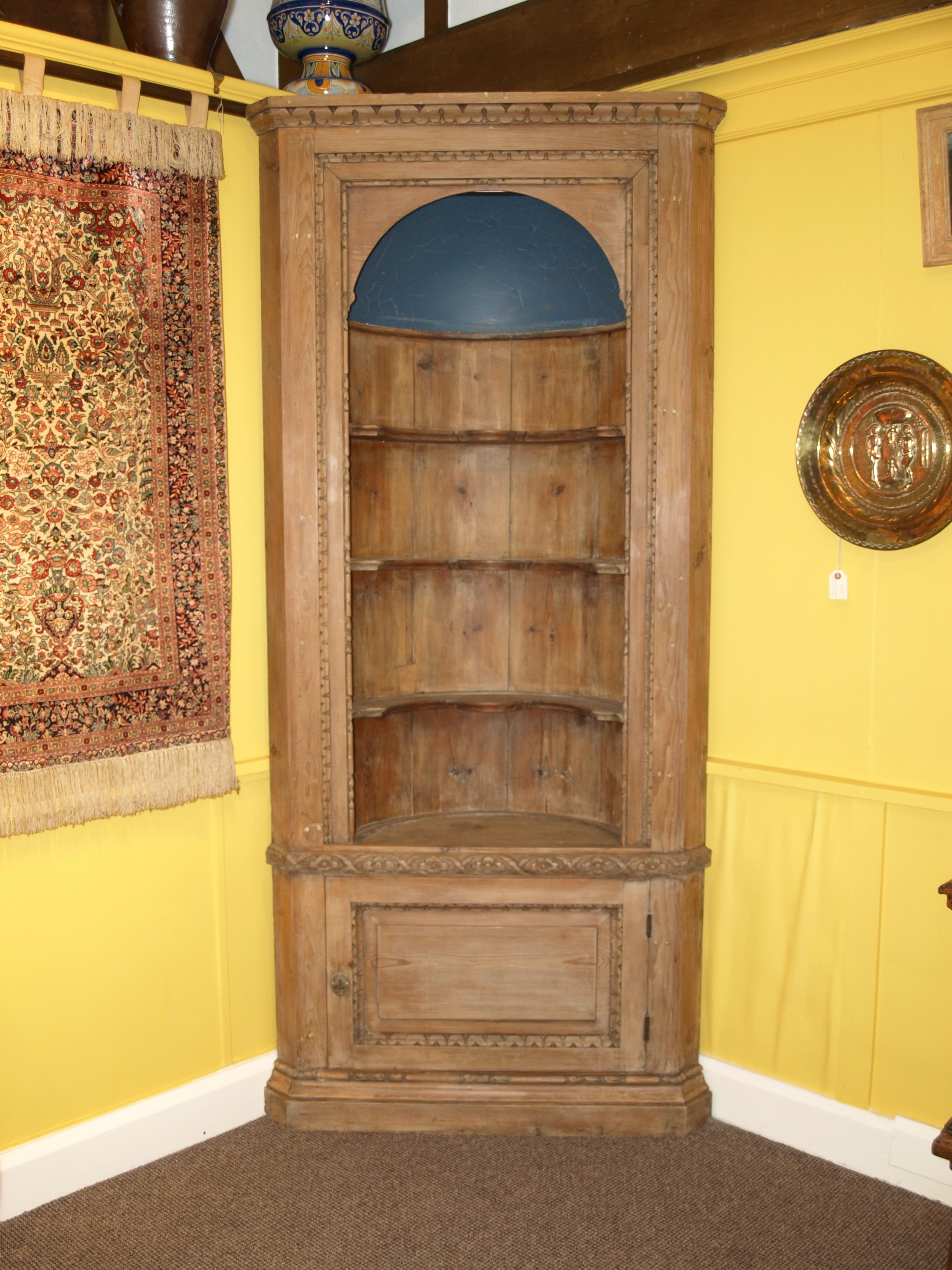 PINE BARREL BACK CORNER CUPBOARD