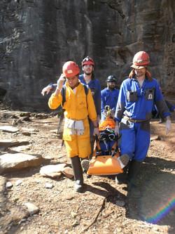 Resgate em caverna 1