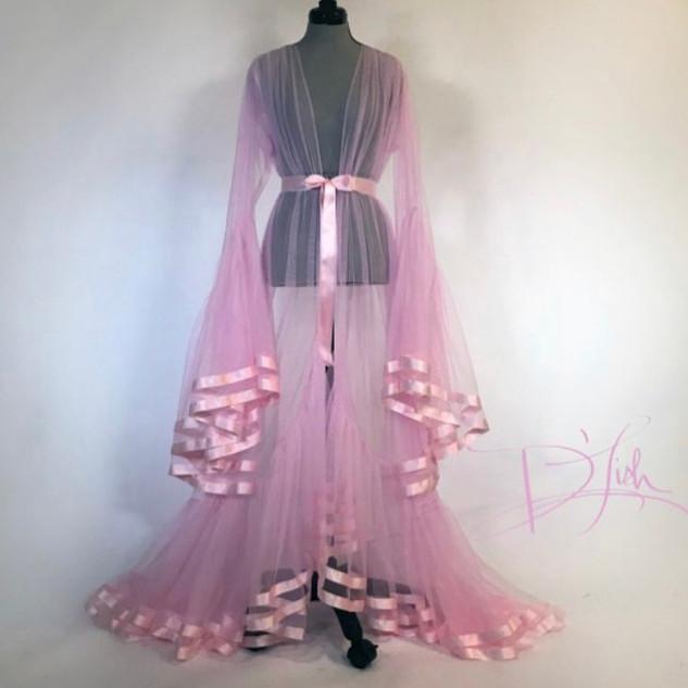 Pearl Davies Client Wardrobe Item #:
