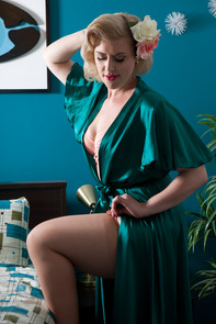 Scarlet Soda Pinup Model in the Atomic Hideaway 50's Sweetie Suite at © Pearl Davies Vintage Pinup and Boudoir Photography Newcastle NSW Australia