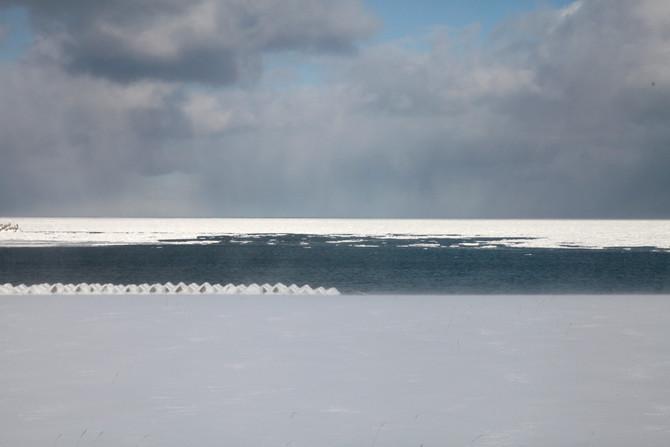 流氷のある風景