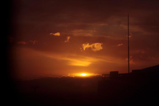 夜明けの空 February 24