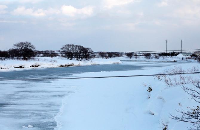 厳冬のクッチャロ川