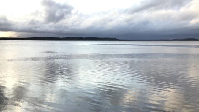 秋のクッチャロ湖