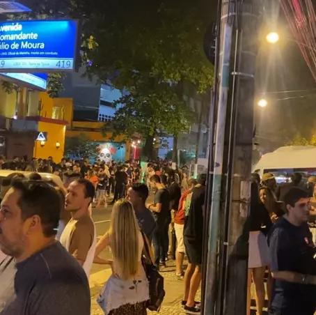 Bares do Rio de Janeiro registram aglomerações no primeiro dia de novas regras