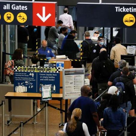 EUA formam grupos de especialistas para suspender restrições globais de viagem