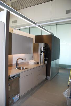porter_airlines_lounge_installation.jpg
