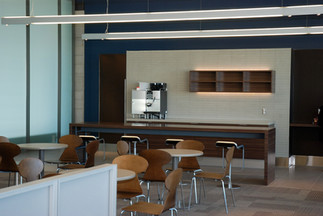 porter_airlines_lounge.jpg