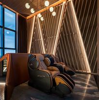 OSIM ulnfinity Luxe: เก้าอี้นวดไฟฟ้า พร้อมหูฟัง Bluetooth ของเครื่องเสียงแบรนด์ดังระดับโลก Marshall