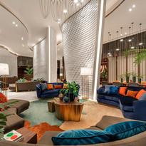 Lobby Lounge: ล็อบบี้ขนาดใหญ่ สำหรับต้อนรับแขก หรือนั่งพักผ่อน