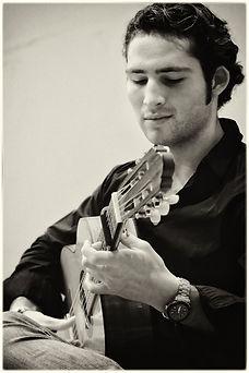 Alexander Gil_Guitarist_01.jpg