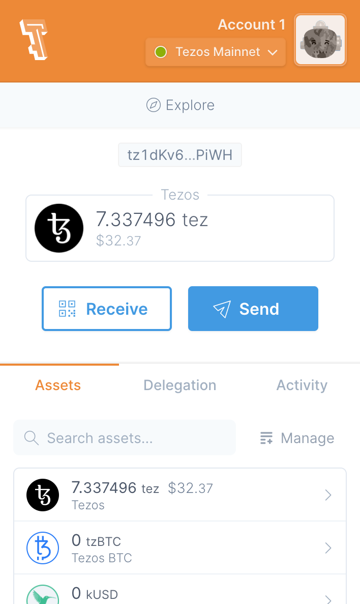 Temple wallet in use