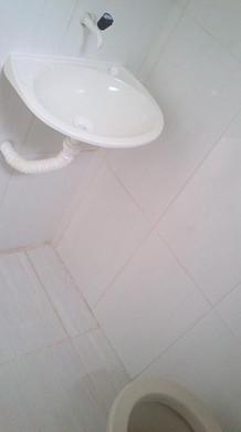 quitinete  banheiro