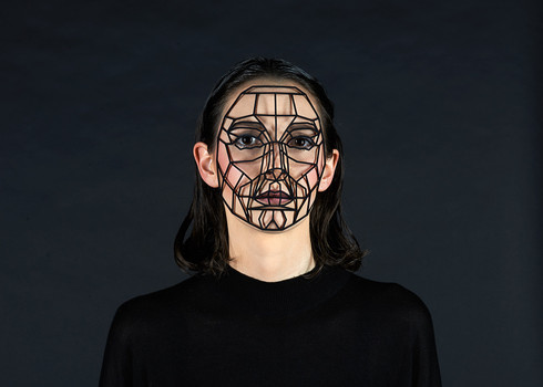 Mask - 3d printed mask, nylon - 17 x 13 cm -  Photo rights Lukas Wenninger