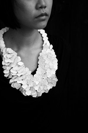 Necklace – milk taps – Photo rights Cherry Boonyapan