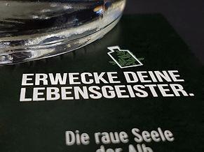 Arbeitsbeispiel von wolfwerbeagentur. Etikettengestaltung für die Brennerei Beck in Hechingen