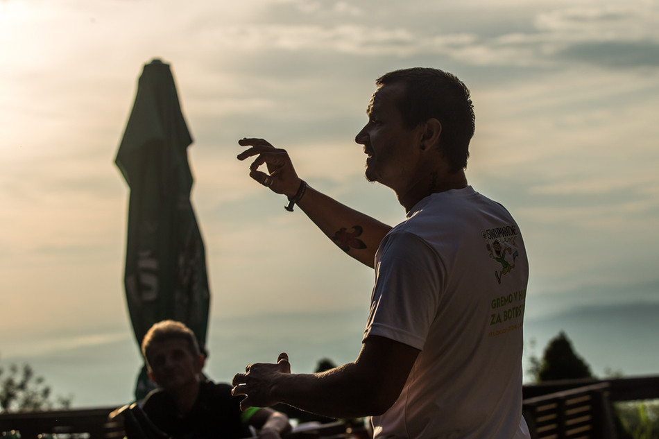 #standupmaratonec na Zlatorogovi poti 24: Planinska koča pri Gospodični